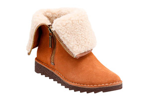 Clarks Olso Beth Boots - Women's